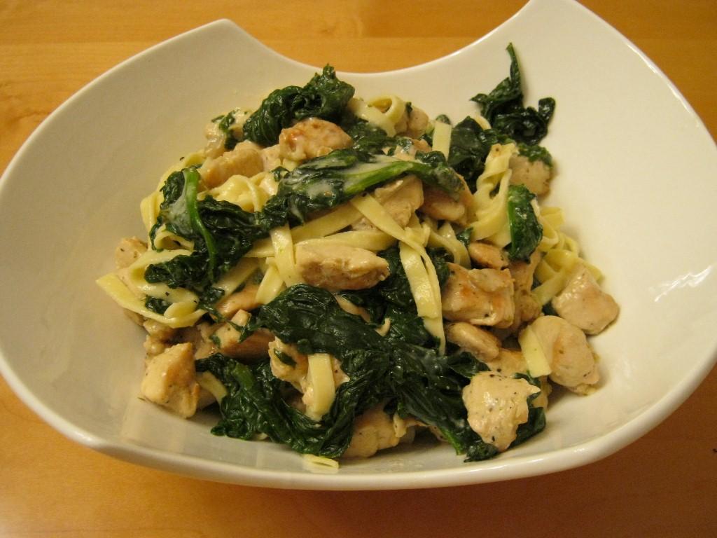 She's Got Flavor » Chicken and Spinach Fettuccine Alfredo